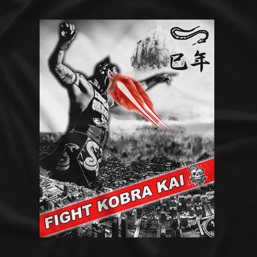 Fight Kobra Kai Kobra Attacks T-shirt