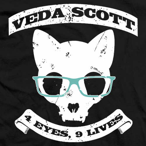 Veda Scott 9 Lives Cat T-shirt
