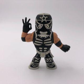 Penta El Zero M (Variant) Micro Brawler Figure